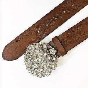 Old Navy Boho Brown Leather Tooled Belt medium